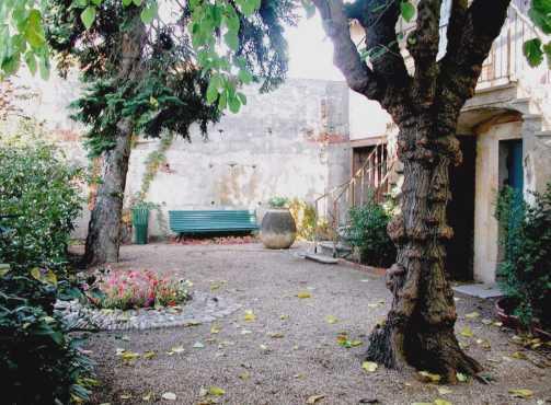 All e du jardin d 39 injalbert for Jardin villa antonine beziers