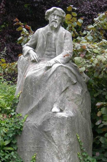 Sculptures dans les lieux publics daudet for Alexandre jardin bibliographie