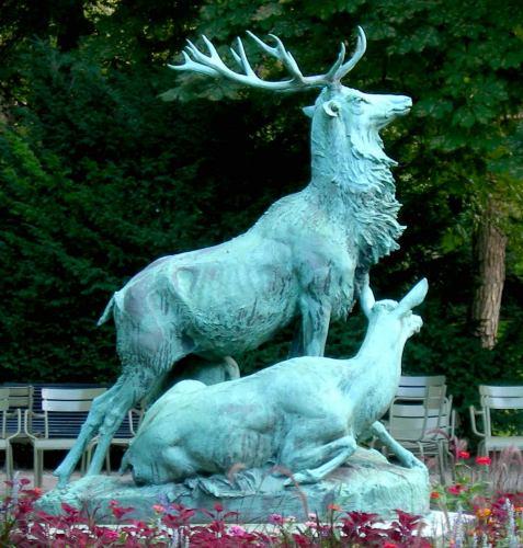 Sculptures paris jardin du luxembourg les animaux for Jardin animaux paris