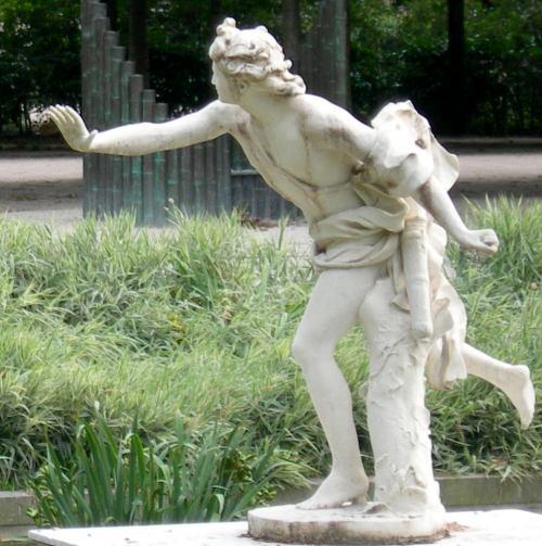 Jardin des tuileries le grand couvert - Statues jardin des tuileries ...