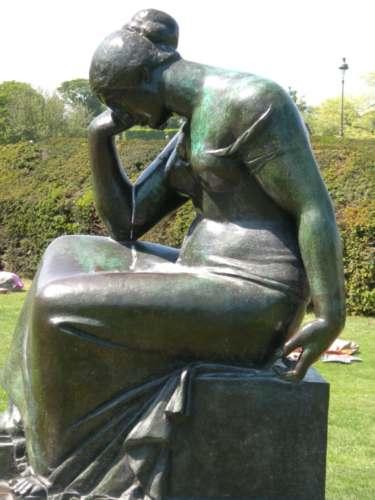 Jardin du carrousel aristide maillol - Sculpture jardin des tuileries ...